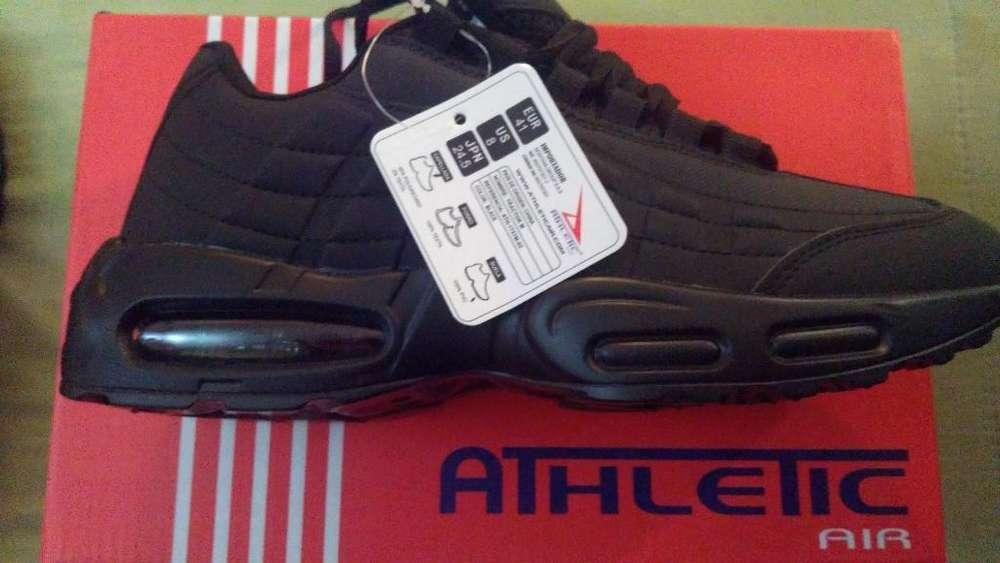 Tennis Nuevos en Color Negro Athetic