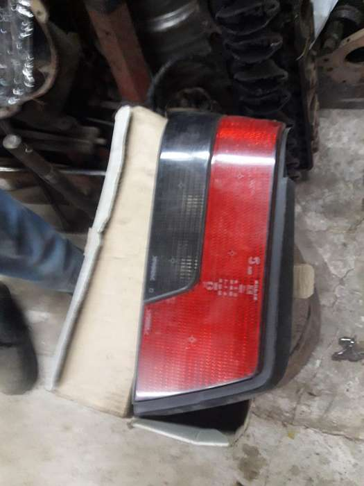 Farol Trasero 405