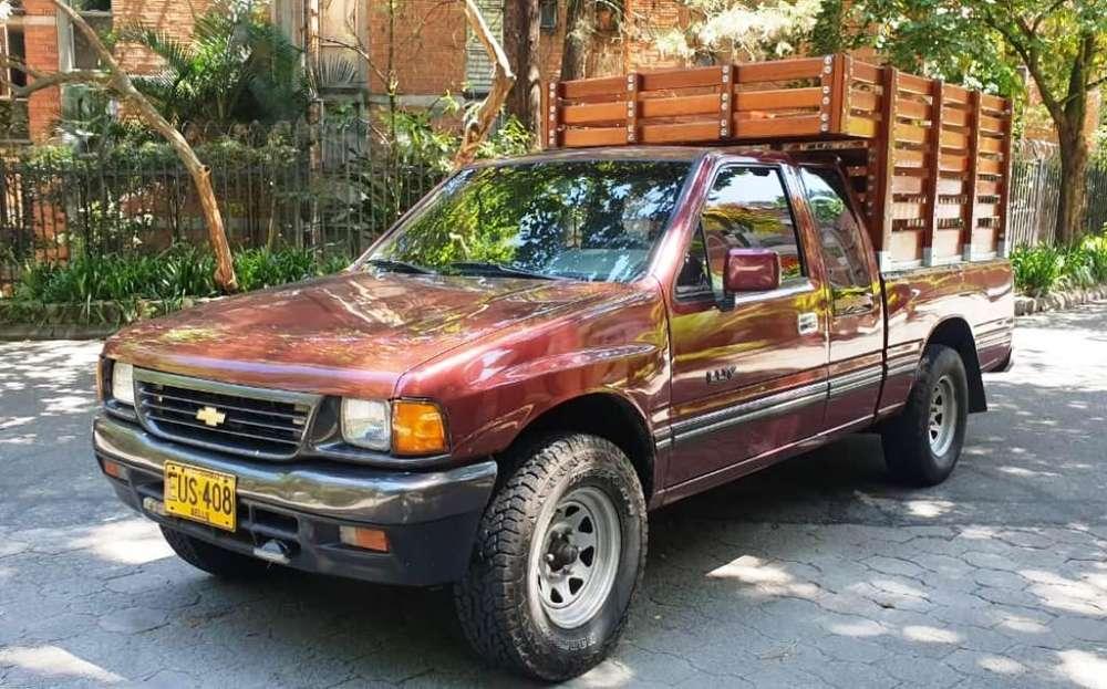 Chevrolet Luv 1996 - 250000 km