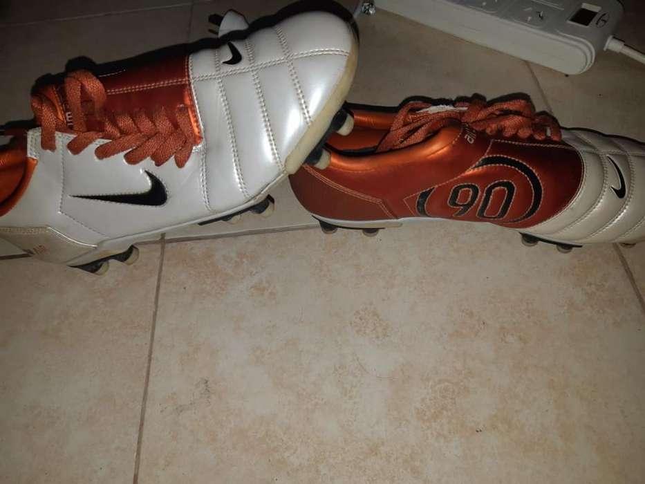Botines Nike Total 90 Casi Nuevos
