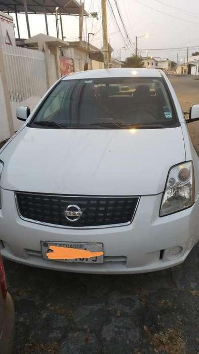 Nissan Sentra 2009 - 200000 km