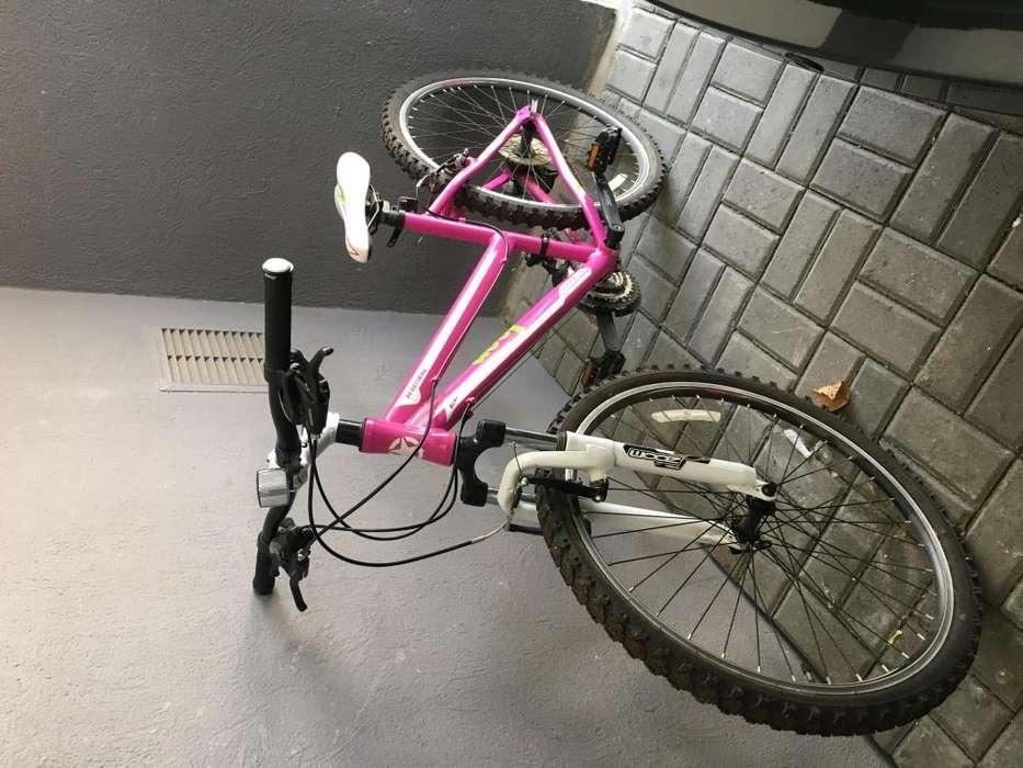 Se vende Bicicleta JEEP rin 26