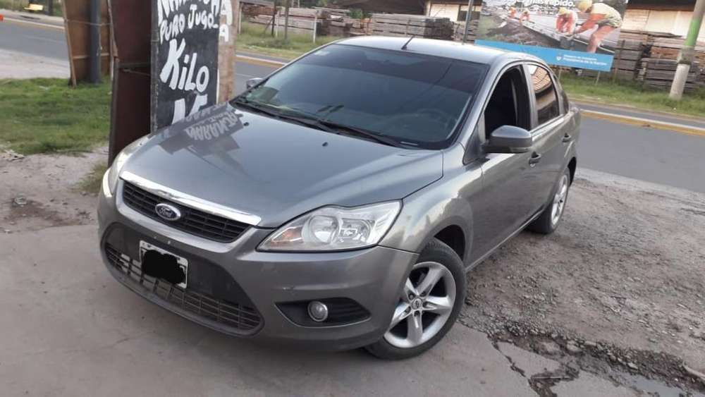 Ford Focus 2009 - 180000 km