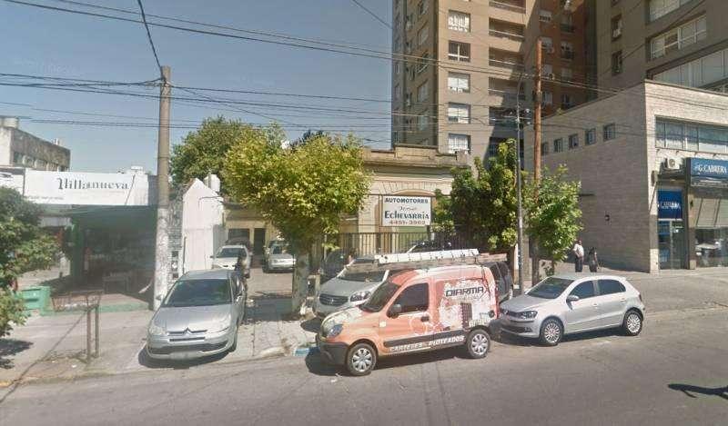 EN VENTA. IMPORTANTE LOTE 630 m2 Para Emprendimiento. Excelente Ubicacion. Zona Microcentro