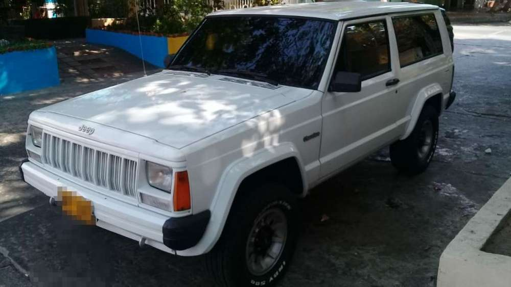 <strong>jeep</strong> Cherokee 1994 - 262000 km