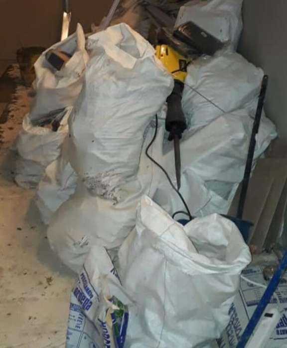 Limpieza Y Remocion de Lonas de Escombro