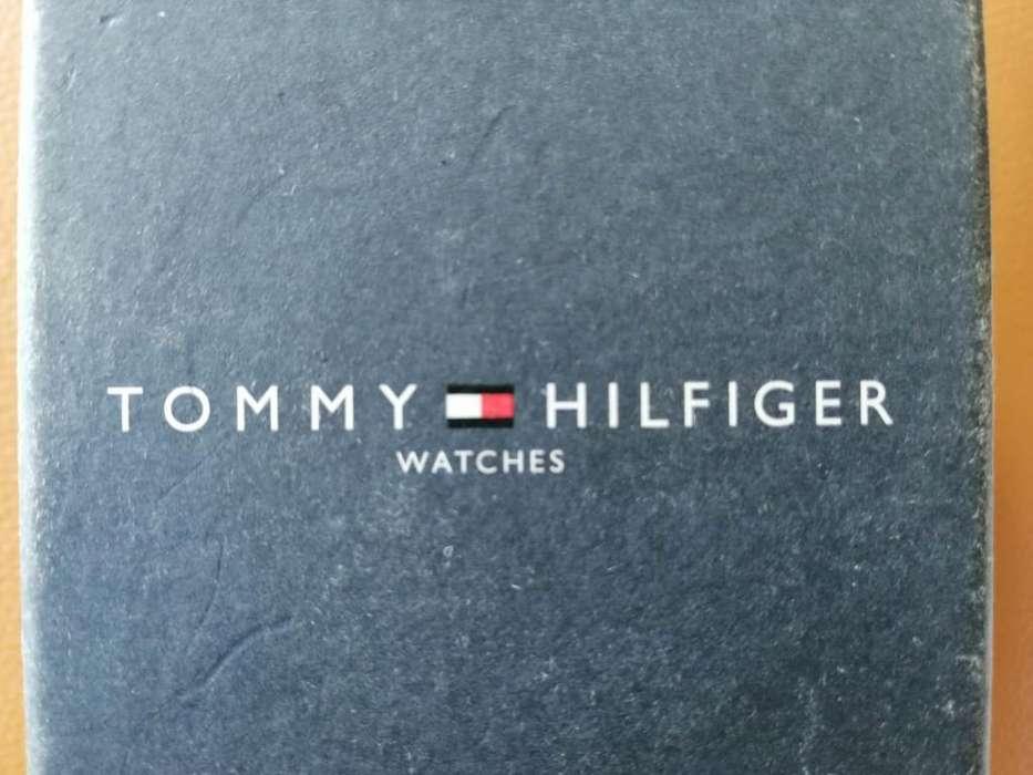 Se Vende Reloj Tommy Hilfiger Original