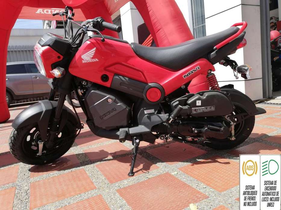 Navi Modelo 2020 Automatica Color Rojo