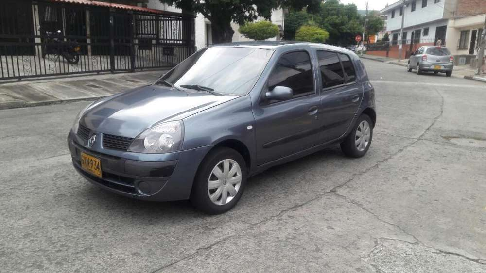 Renault Clio  2008 - 146000 km