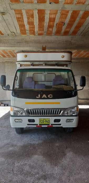 Camion Jac