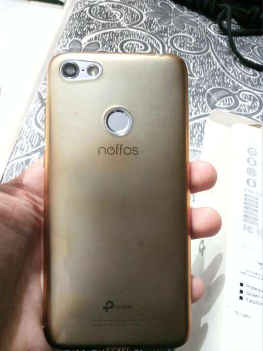Se Vende <strong>celular</strong> Completo Y con Gatantia