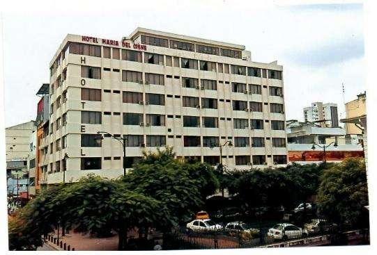 Edificio con Locales Comerciales