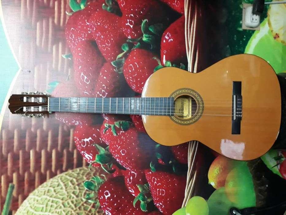 Guitarra Clasica flamenca, fabricada en España