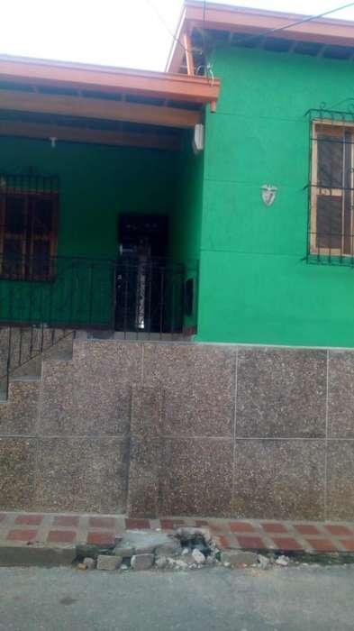 Arriendo Casa Robledo La Pola/ Cod 1016