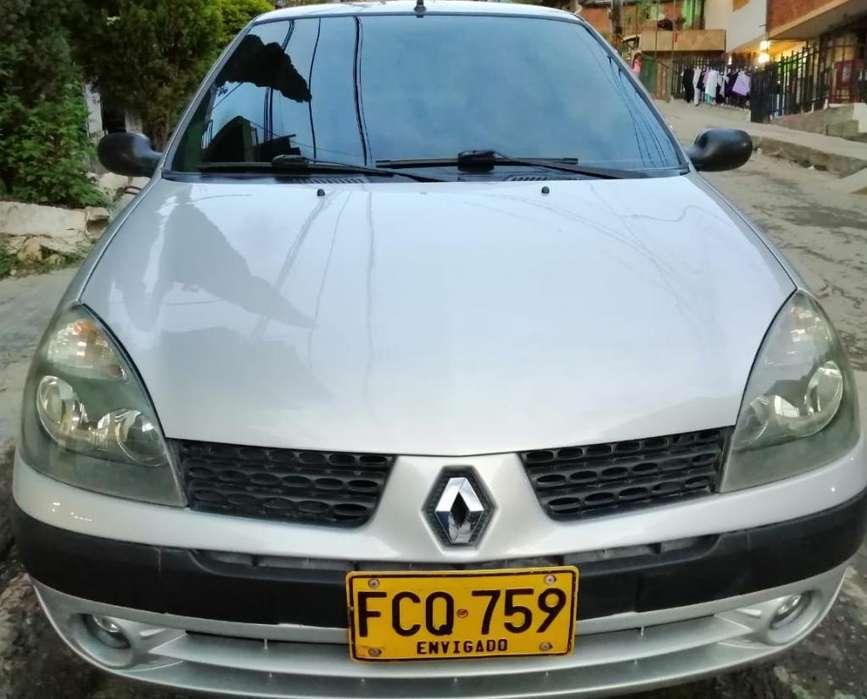 Renault Clio  2007 - 174 km