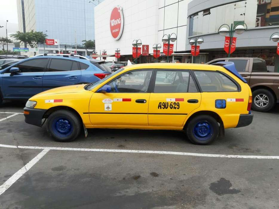 Toyota Corolla 2001 - 485741 km