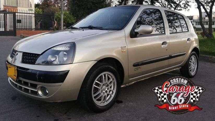 Renault Clio  2005 - 135000 km