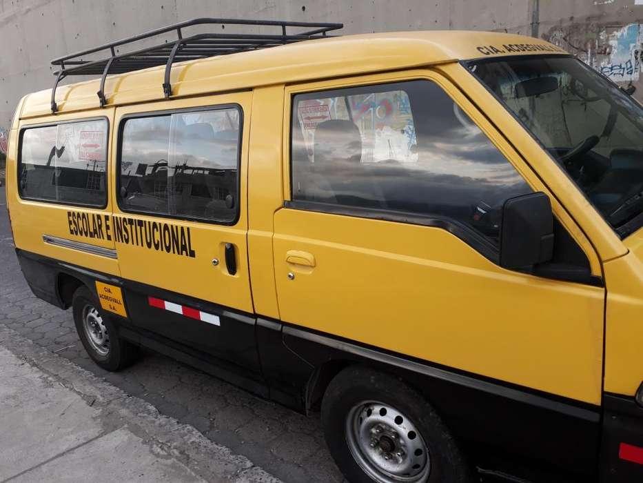 Servicio de Transporte Escolar e Institucional