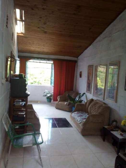 Casa En Venta En Andalucia Ricaute Cod. VBMET2303