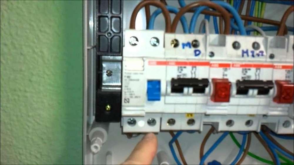 Electricista (instalaciones electricas) juliaca