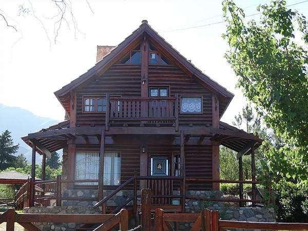 fp25 - Cabaña para 4 a 7 personas con pileta y cochera en Villa De Merlo