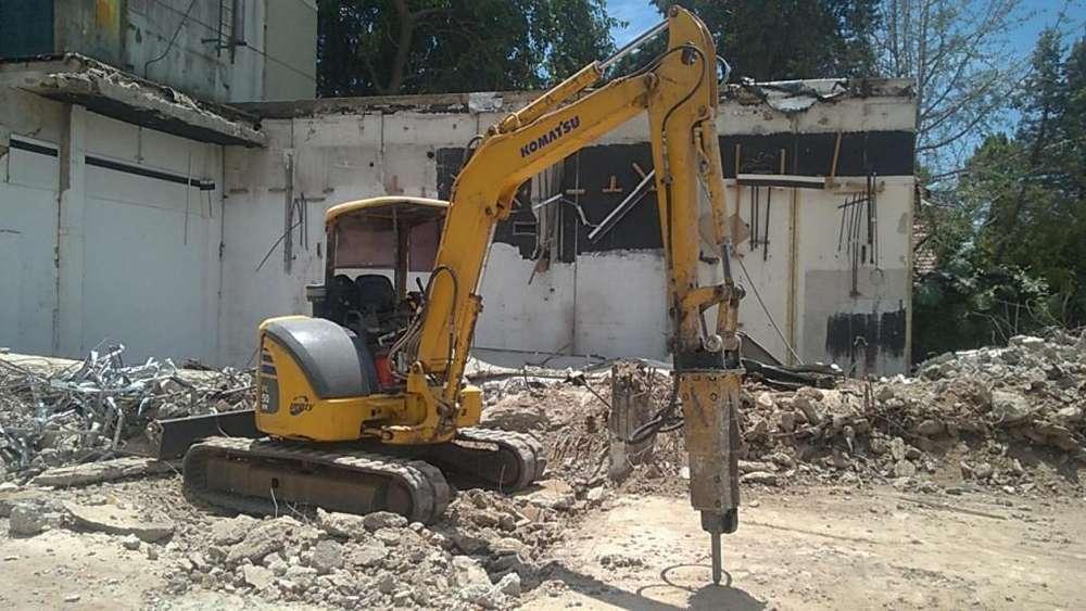 Excavaciones Zanjeos komatsu pc50 con martillo hidraulico
