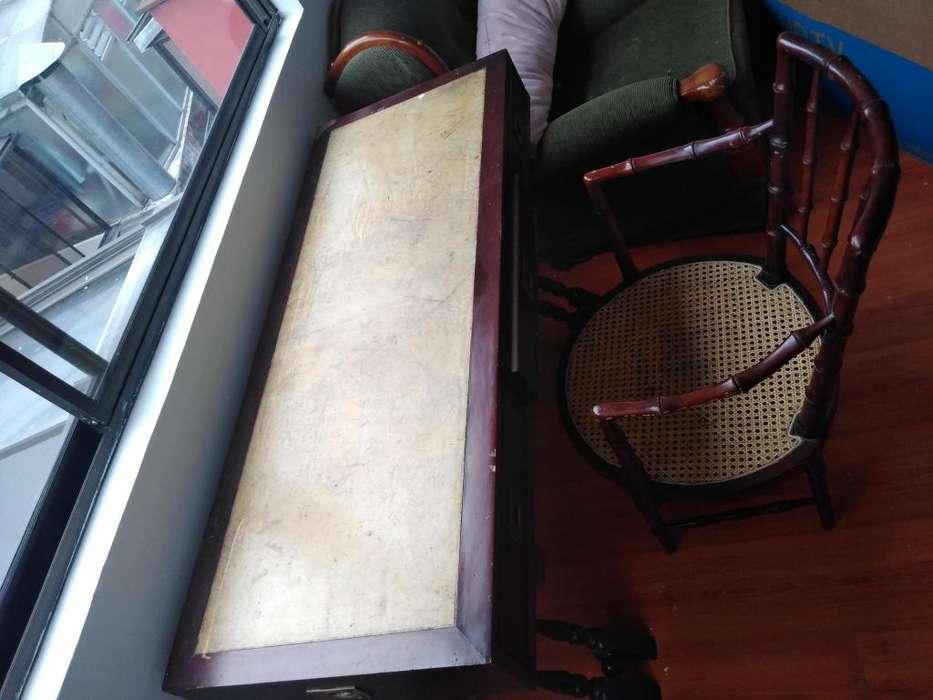 escritorio en cuero