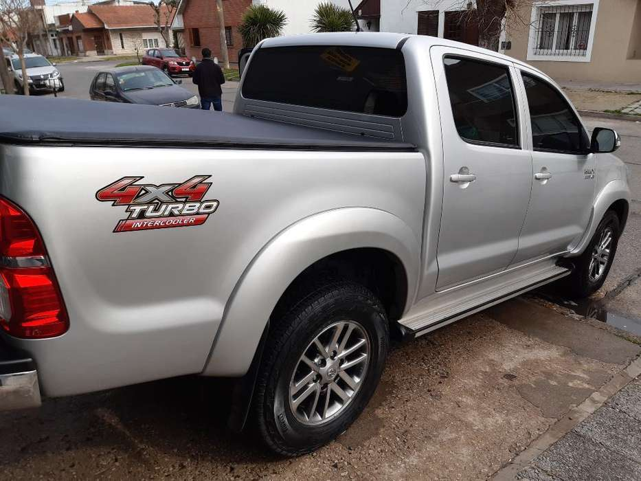 <strong>toyota</strong> Hilux 2013 - 130000 km