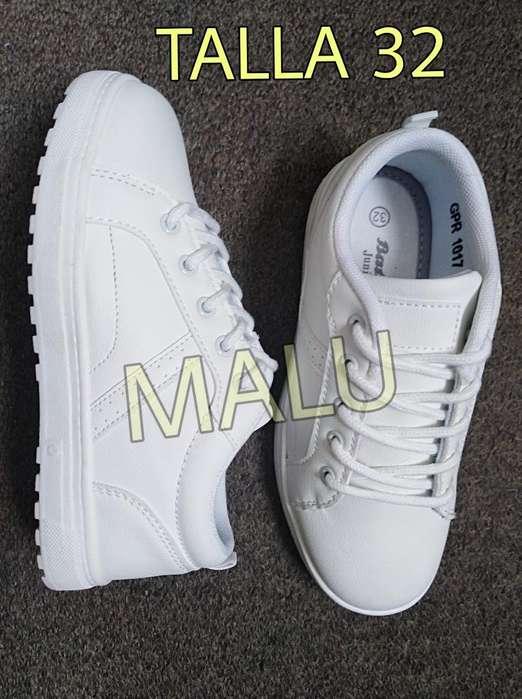 Zapatillas Blancas Escolar Bata