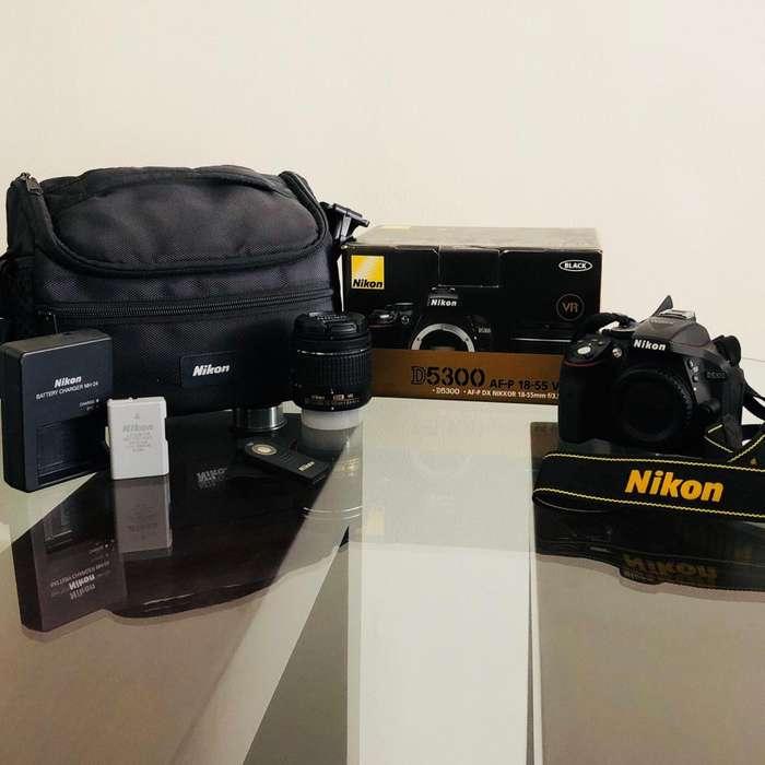 Cámara Nikon D5300 KIT COMPLETO ESTADO 10/10
