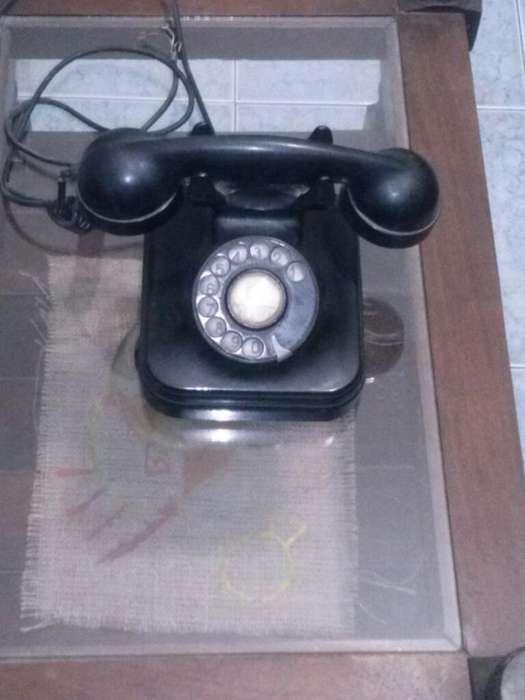 Telefono de baquelita de los 70