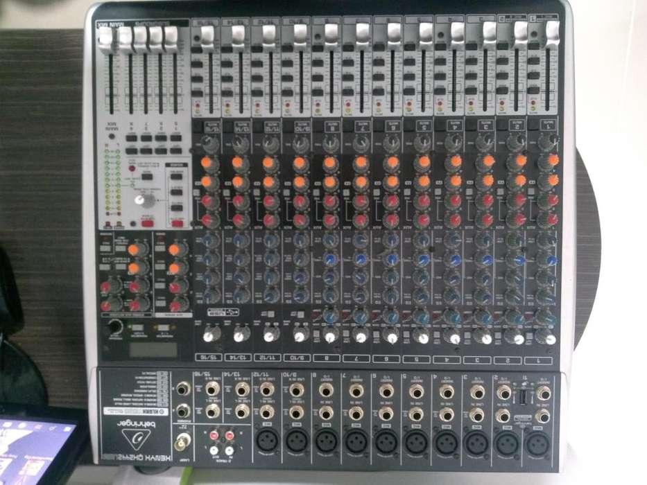 Consola Behringer Xenyx Qx2442usb