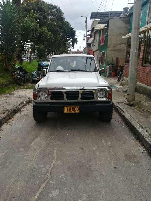 Nissan Patrol  1990 - 170000 km
