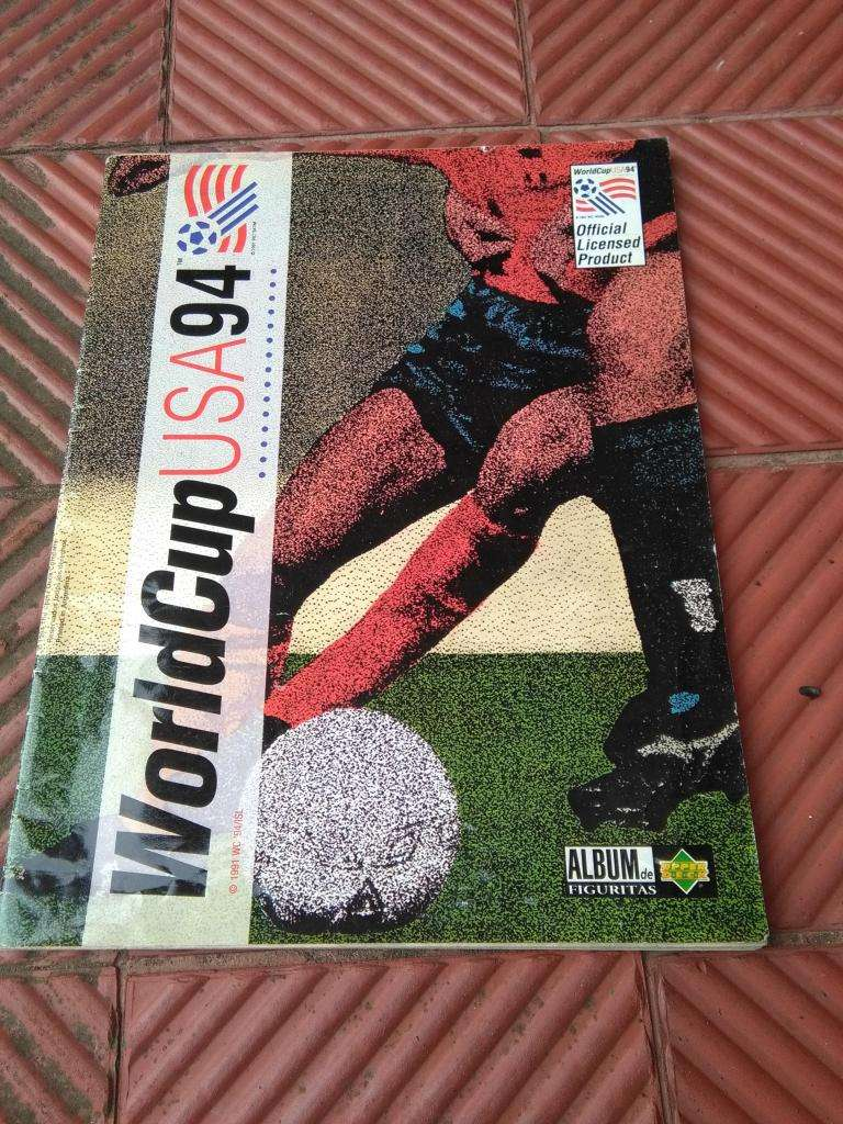 ALBUM DE FIGURITAS MUNDIAL 94 WORLD CUP USA 94 CON 34 FIGUS INCOMPLETO