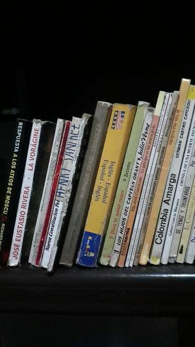 Interesante Venta de Libros Utiles