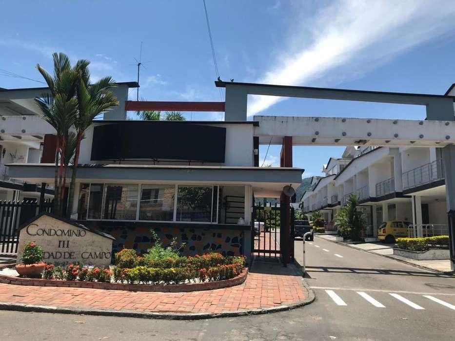 Casa en Arriendo Ciudad Del <strong>campo</strong> 3