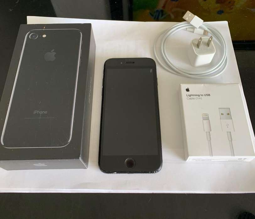 iPhone 7. 128 Gb. Pantalla Original