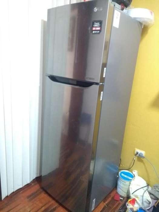 Refrigeradora LG 272 litros 50 K