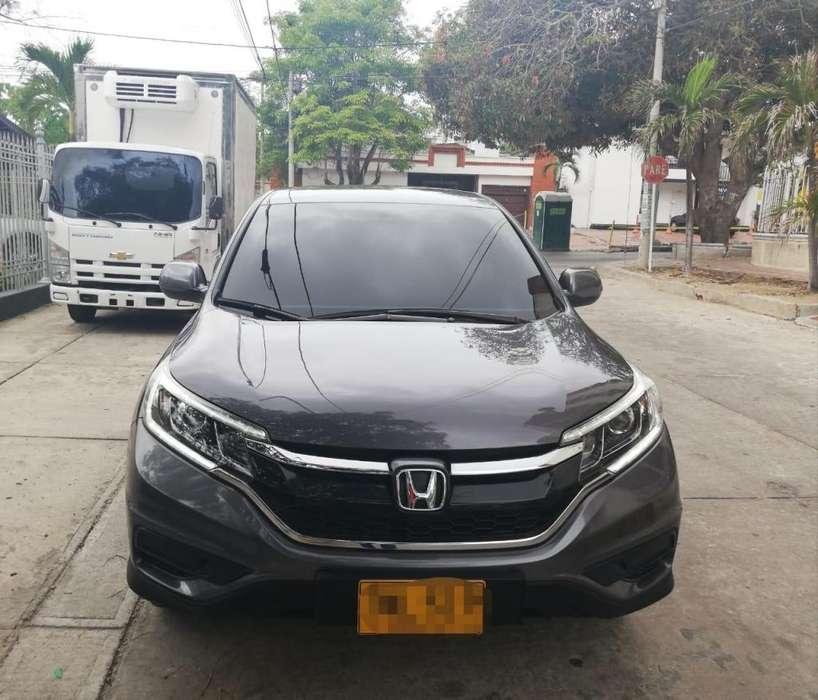 Honda CR-V 2015 - 30000 km