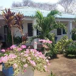 Se Vende Casa Campestre con Lote Vía al Mar Entrada Bajo la Habana, Tubará.