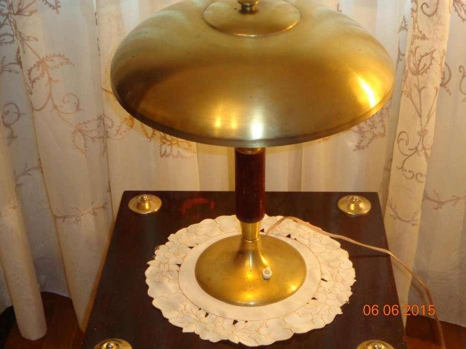 ESPECTACULAR LAMPARA DE BRONCE DE ESCRITORIO O <strong>mesa</strong>