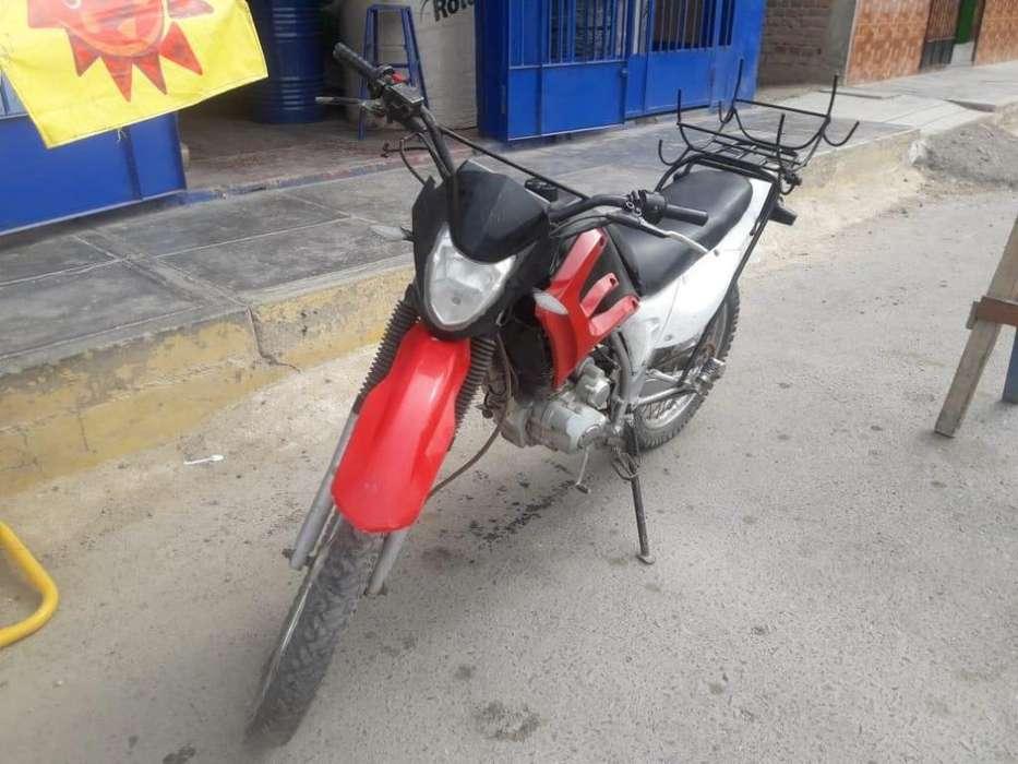 VENDO MOTO FORTTE MOTOR 200