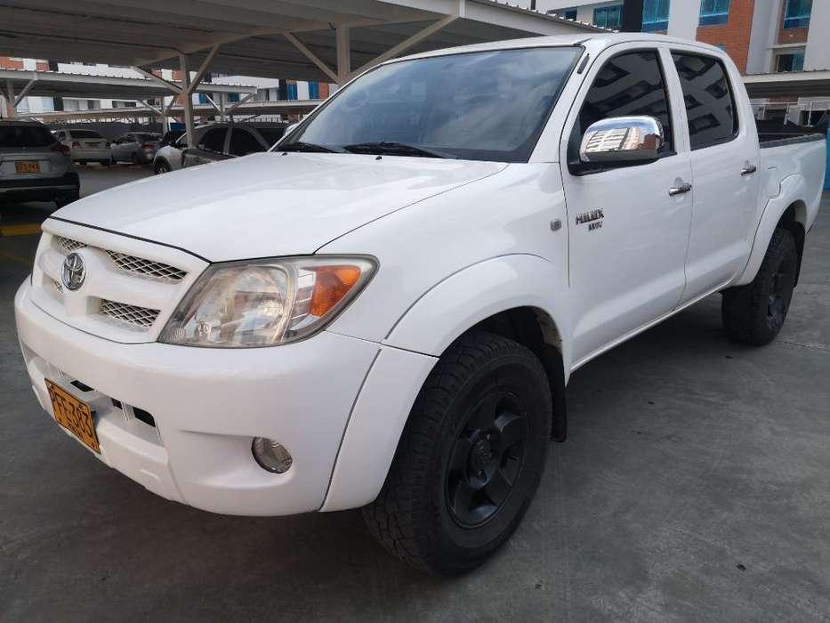 Toyota Hilux 2006 - 168000 km