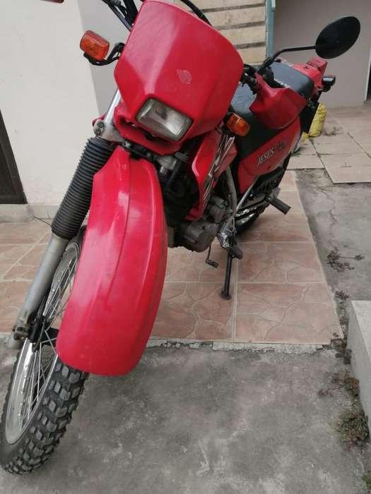 Moto <strong>honda</strong> Xl200