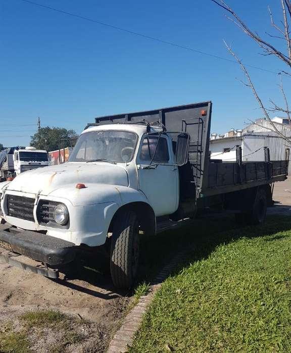 Camión Bedford