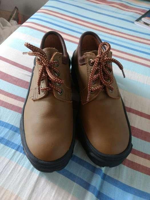 Zapatos #39 en Cuero