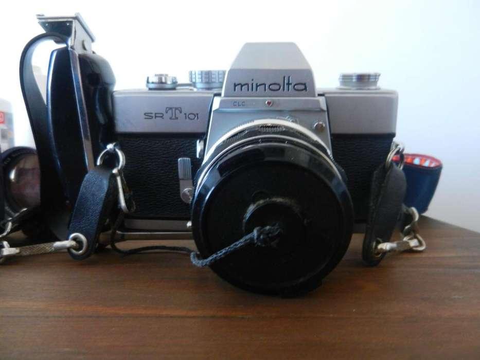 Cámara Fotográfica Minolta Srt 101 con lente 55mm 2 Lentes adicionales Flash
