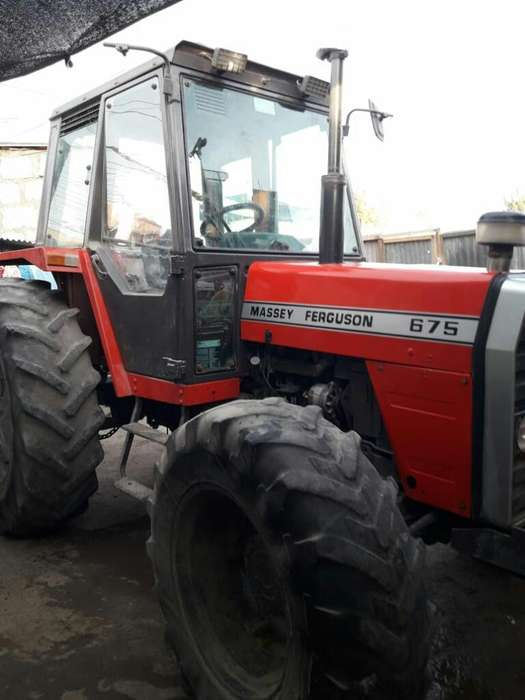 Vendo Tractor Massey Ferguson 675