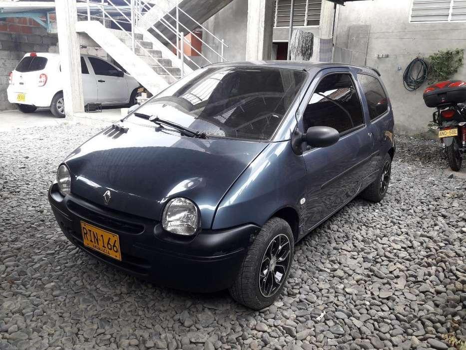 Renault Twingo 2011 - 120000 km