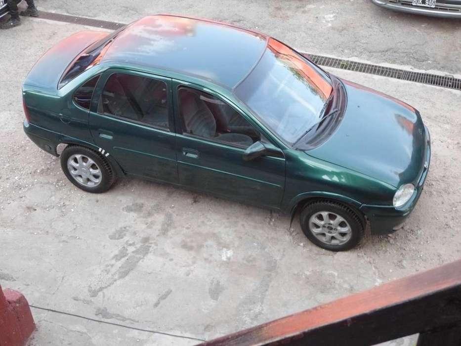 Chevrolet Corsa 1999 - 100000 km
